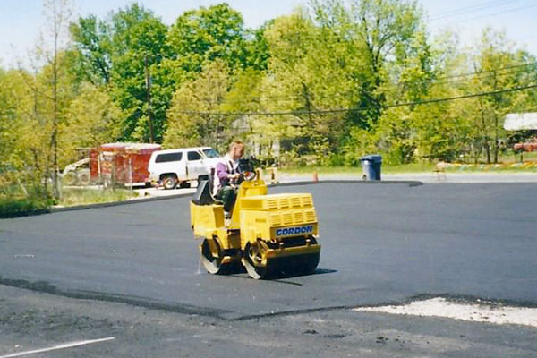 Gordon Paving commercial blacktop paving